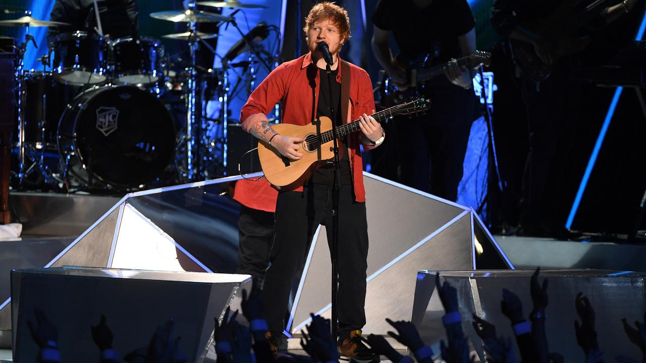 Penelitian Mengungkapkan Bahwa Orang Suka Mendengarkan Lagu Ed Sheeran Sebelum Tidur