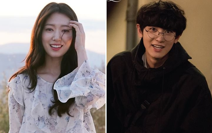 Mirip Kakak Adik, Park Shin Hye dan Hye Chanyeol Kompak Mempromosikan ' Memories Of The Alhambra '