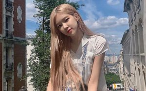Pamer Bodi Ramping Bak Barbie, Rose BLACKPINK Menuai Pujian